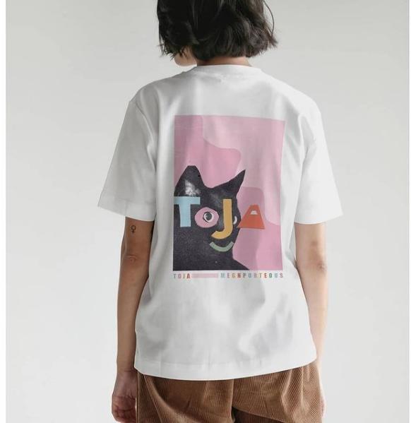 lady wearing Toja towlies tshirt